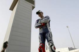 Lorenzo comienza reinando  en la primera sesión libre de la temporada