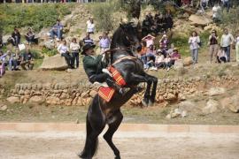 Artesanía y caballos se dan cita en la Fira d'Andratx