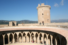 El castillo de Bellver podrá ser visitado de  noche el 19 de abril, el 24 de mayo y el 7 de junio