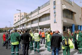 El comité de empresa de Emaya rechaza convocar un referéndum sobre la huelga