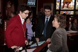 PP y UM liman los últimos flecos de la moción contra Calvo