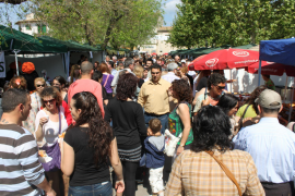 Miles de personas visitan la feria de Santa Maria del Camí