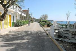 La mitad de la población del municipio tiene su residencia en Cala Rajada