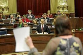 El Govern deja claro que hay que eliminar personal público pese al coste político