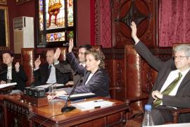 Hoy puede ser el último pleno para Aina Calvo como alcaldesa de Palma