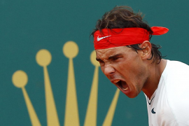 Nadal pasa a semifinales tras superar un calvario con Dimitrov