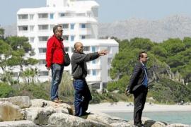La Guardia Civil busca con un detector de metales la catana del crimen de Bunyola