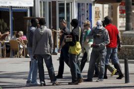 Crece la venta ambulante ilegal en Platja de Palma