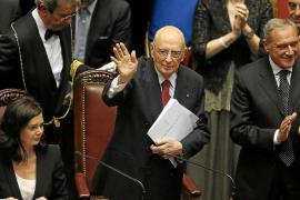 Napolitano asume la presidencia de Italia con un ultimátum a los partidos