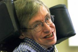 Stephen Hawking alerta de que los extraterrestres  pueden existir