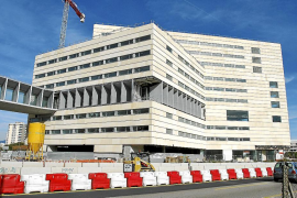 Cort aprobará en un pleno extraordinario la futura venta del hotel del Palacio de Congresos