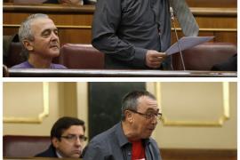 """El diputado Baldoví """"se desnuda"""" en el Congreso en contra de los desahucios"""