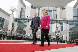 Merkel considera que los recortes y el crecimiento son complementarios