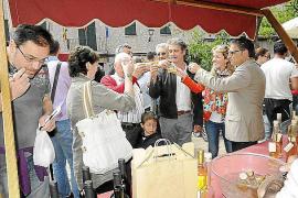 El queso y el vino, principales protagonistas de la VI Fira del municipio