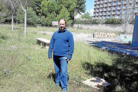 Piden al Ajuntament que un solar municipal en Palmanova se convierta en aparcamiento