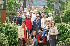 La promoción 62-63 de Madre Alberta visita Can Prunera