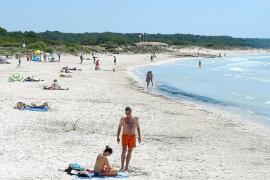 Las playas de sa Ràpita y els Estanys también se quedan sin servicio de hamacas y sombrillas