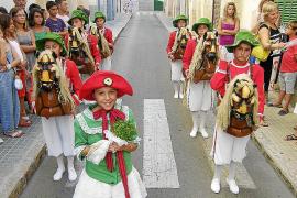 El pleno reclama al Consell que sus bailes de figuras sean de interés cultural