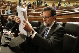 Rajoy dice que «esto empieza a funcionar» y que no repetirá los «disparates» del PSOE