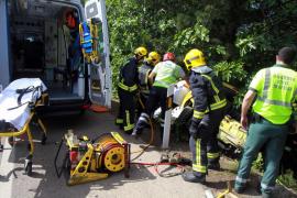 Dos heridos en un choque en cadena por un coche averiado en la autopista de Llucmajor