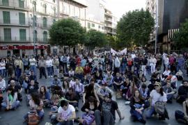 Los  'indignados'  celebran en Palma el segundo aniversario del 15M