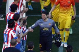 El Barcelona culmina su fiesta de campeón con remontada