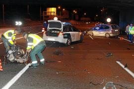 Un coche pierde el motor en la vía de cintura de Palma tras un accidente