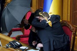 El Parlamento ucraniano, a golpes por la permanencia rusa en la península de Crimea