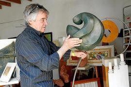 La obra de Ferrer Mir entra en Can Prunera y homenajeará al fundador de Cala d'Or