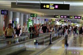 Dos detenidos en Son Sant Joan al intentar introducir cocaína en Mallorca