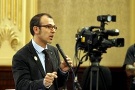 Barceló pide a Bauzá que deje de «engañar a la gente» con la financiación