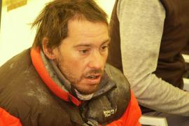 El rescate del montañero mallorquín Tolo Calafat se aplaza a mañana