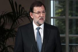 Rajoy recortará el sueldo a decenas de miles de empleados municipales