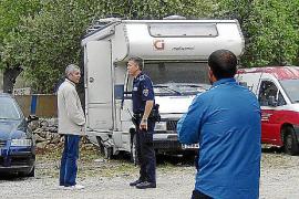 Hallan el cadáver momificado de un hombre en una caravana de Andratx