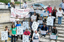 Los encausados por el Coso ponen a la venta mil carteles de Miquel Barceló