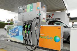 El autogás GLP reducirá en un 15 % la contaminación de los coches en las Islas