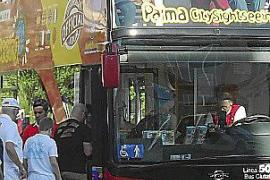 El bus turístico no será gratuito para los palmesanos para evitar que suban mendigos y niños