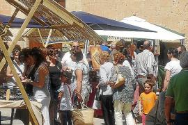 Algaida celebra su segunda feria de artesanía