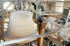 El Cabildo hace una cata arqueológica sin permiso de Patrimoni en el campanario de la Seu