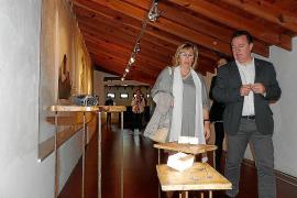 Incart muestra con éxito su oferta cultural en su noche más artística