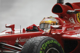 Alonso: «Esperamos que en la carrera nos salga bien la estrategia»