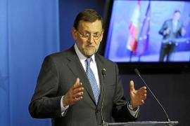 Rajoy negocia con sus 'barones' un pacto sobre el déficit que contente a Catalunya