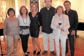 Fiesta solidaria a beneficio de AUBA en Bodegas Macià Batle.