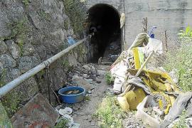 Sigue sin limpiarse el túnel donde agonizó Karl