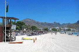 Las playas recuperan las cuatro banderas azules perdidas el pasado verano
