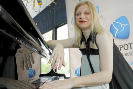 Valentina Lisitsa, la pianista estrella en Youtube, debuta hoy en Mallorca
