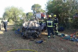 Hallan muerto a un conductor horas después de estrellarse en la carretera Llucmajor-Campos