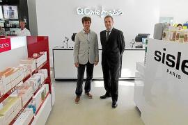 El Corte Inglés abre una tienda de perfumería y complementos en Port Adriano