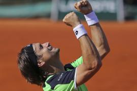 Federer cae frente a Tsonga y Ferrer vence a Robredo