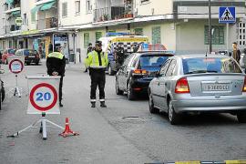 Condenado por dormirse borracho en su taxi, que quedó atravesado en la calle